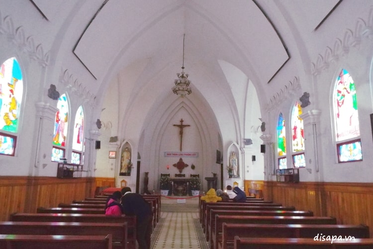 Khu sảnh đường nhà thờ Sapa