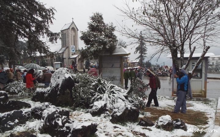 Tuyết rơi - Đi du lịch Sapa tháng mấy đẹp nhất